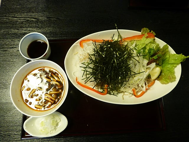 tokkaratoritsuke soba in soup